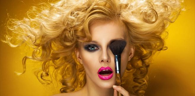 Какой макияж подходит для блондинок? Множество светловолосых девушек задают себе этот вопрос
