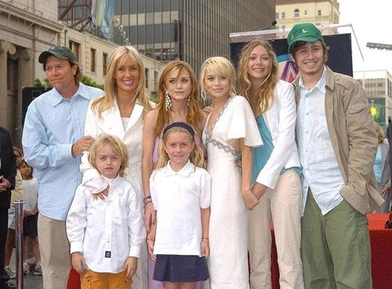 Вся многочисленная семья Олсен