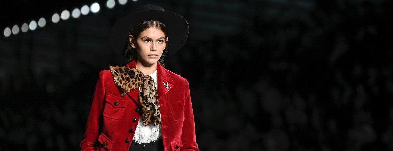 Saint Laurent представили новое видео