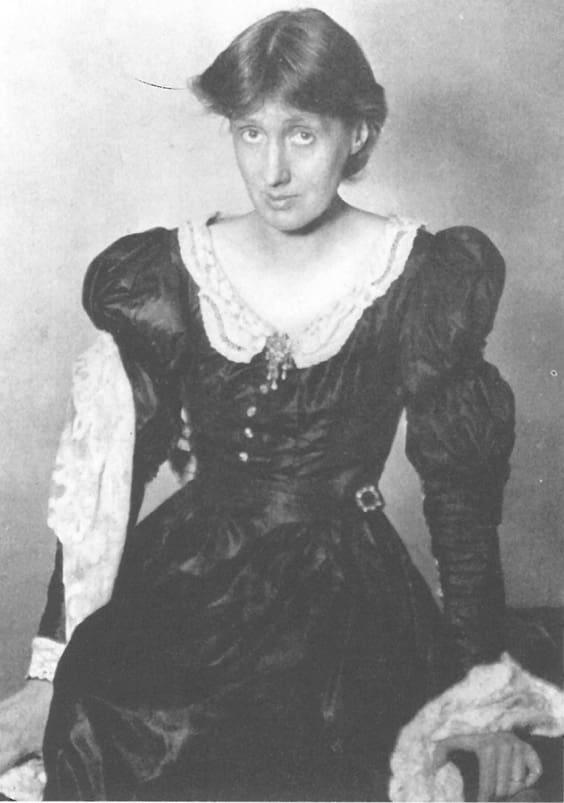 Писательница Вирджиния Вульф боролась с анорексией
