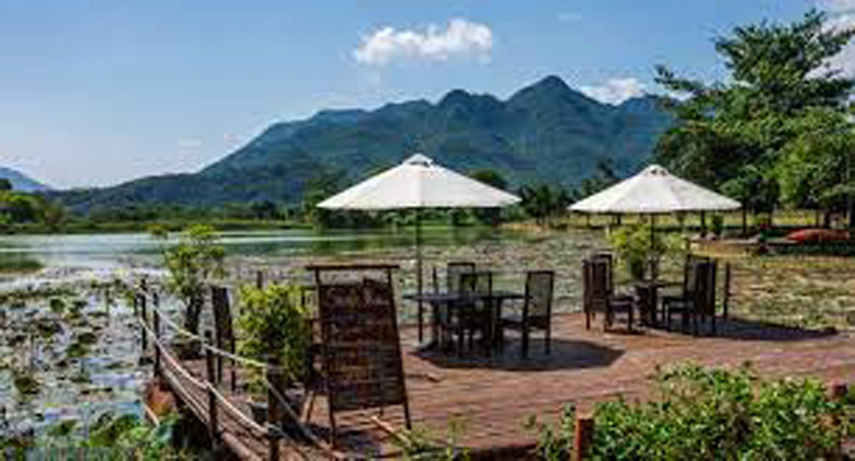 Отель Mai Chau Lodge – вид на горы