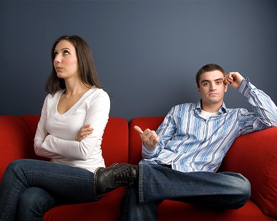 Недостатки супруга не стоит обсуждать с подругами